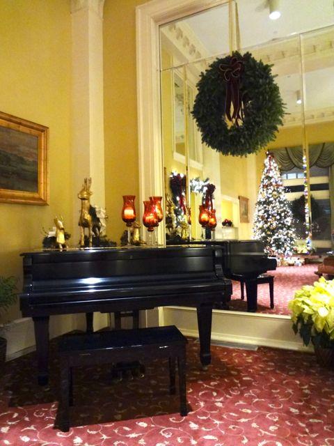 Planters Inn Christmas