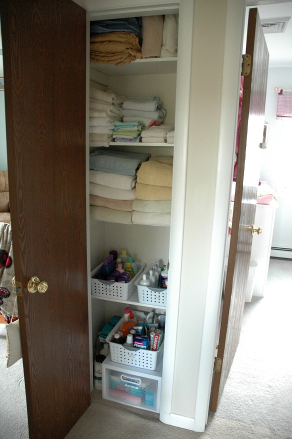 Linen Closet After | Pure & Simple