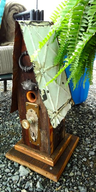 We bought a similar birdhouse for the patio! :)